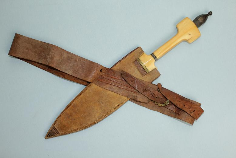 A fine Somali Billao dagger Ivory and silver hilt a fine complete example African knife www.swordsantiqueweapons.com