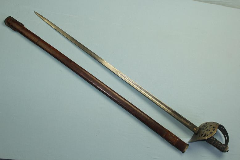 Infantry Officers sword 1895 Pattern Wilkinson sword Pall Mall address www.swordsantiqueweapons.com