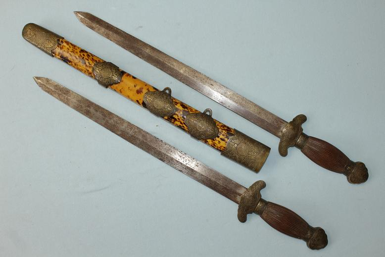 Shuang Jian Chinese swords Very good quality www.swordsantiqueweapons.com