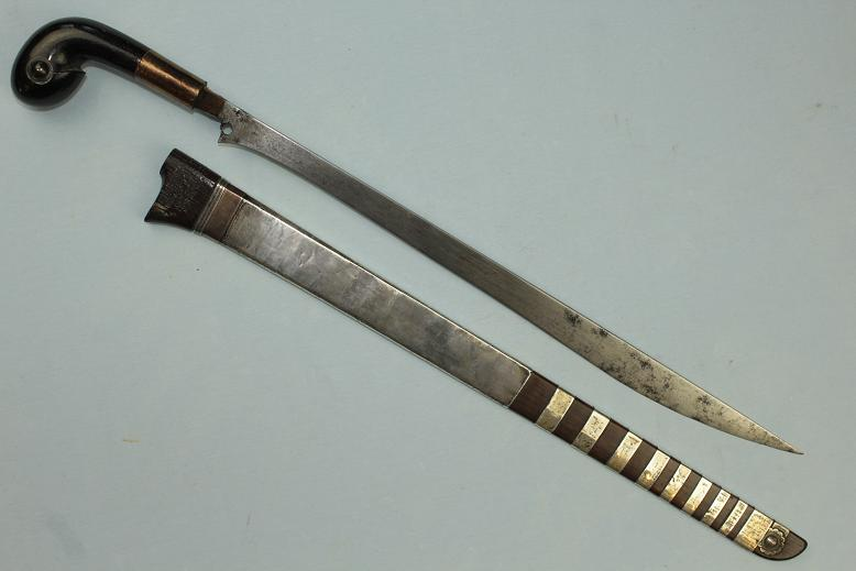 Sumatran sword Kalasan Pakpak Batak A fine example Suasa and silver dress www.swordsantiqueweapons.com