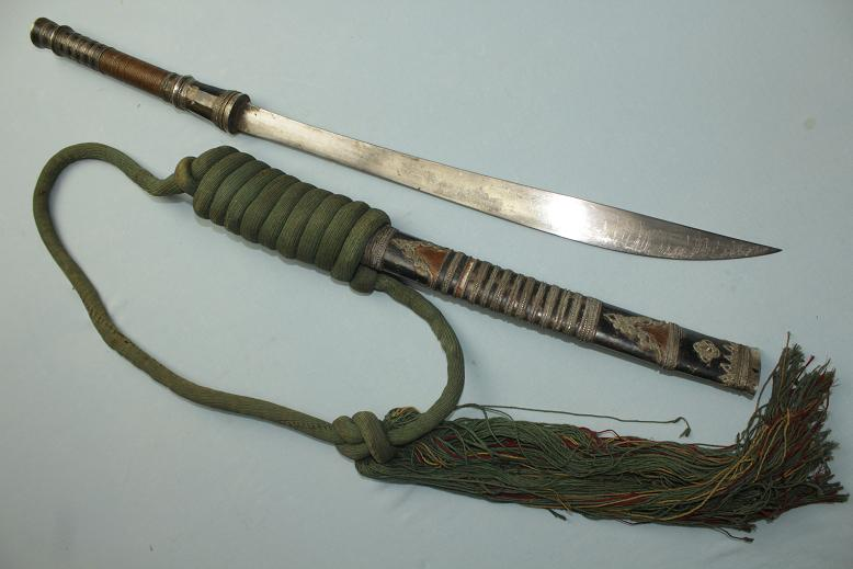 Antique Thai Lao Loation Dhaab A very fine example Silver fittings Complete with baldric Siam Laos Siamese sword Khmer Cambodia Thailande www.swordsantiqueweapons.com