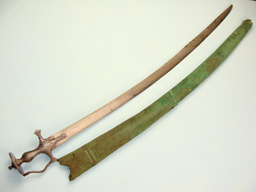 Early Wootz Tulwar and scabbard www.swordsantiqueweapons.com