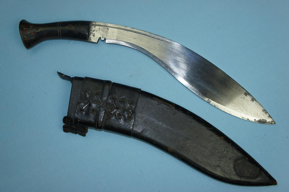 Kukri, Military style Full Tang construction www.swordsantiqueweapons.com